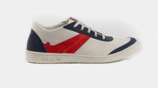 sneakers 1083