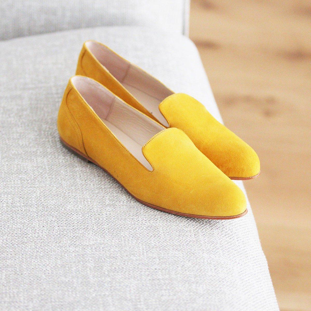 JULES & JENN - slippers - classiques - cuir - daim - jaune - moutarde
