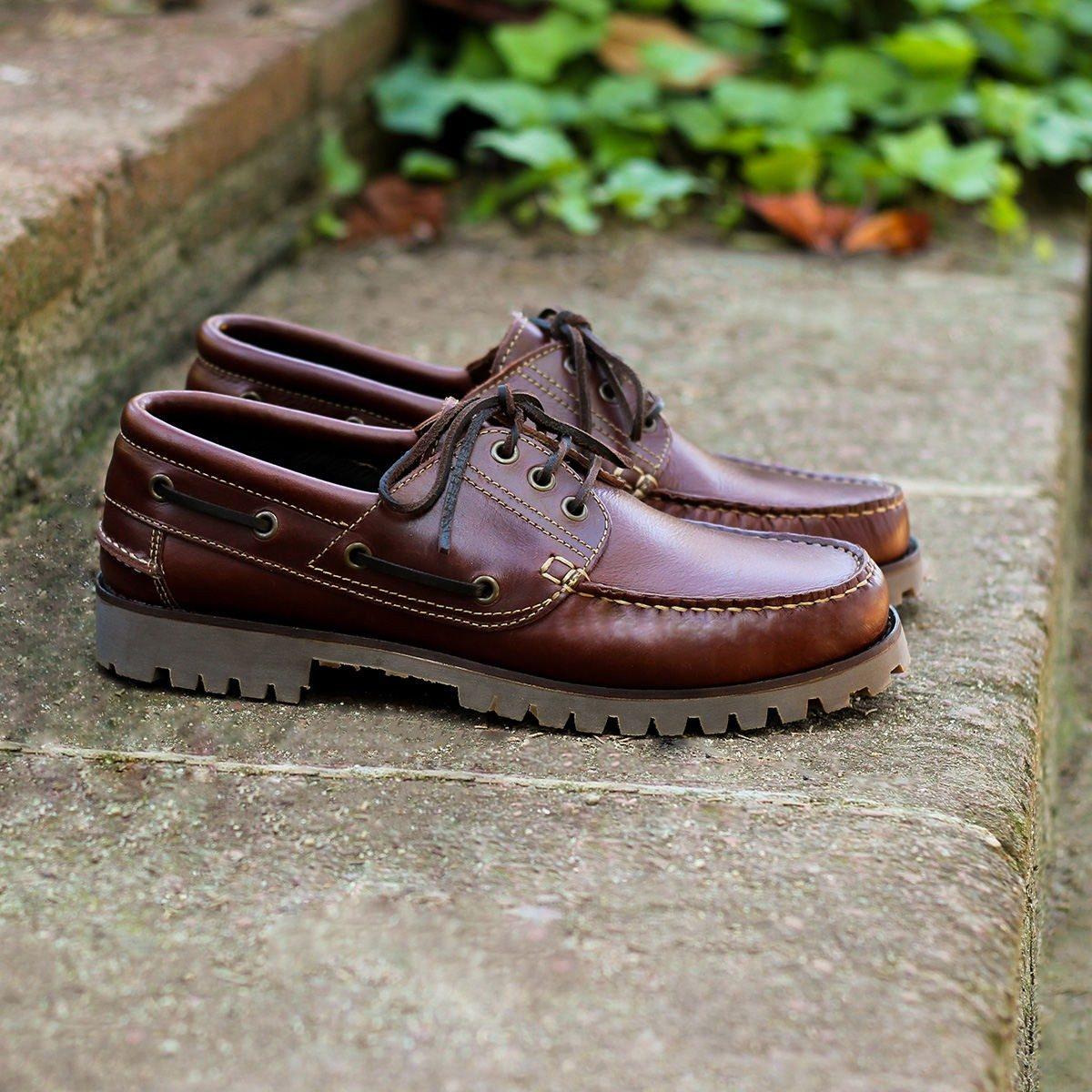 JULES & JENN - chaussures bateau crampons marron