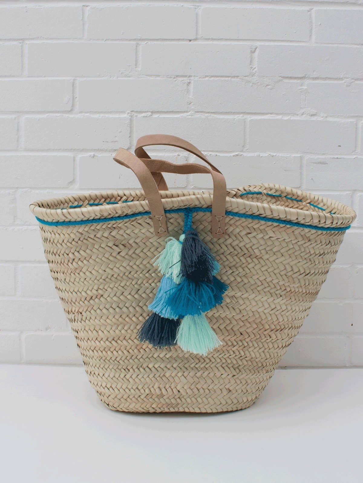 Bohemia-Fiesta-Basket-Blue