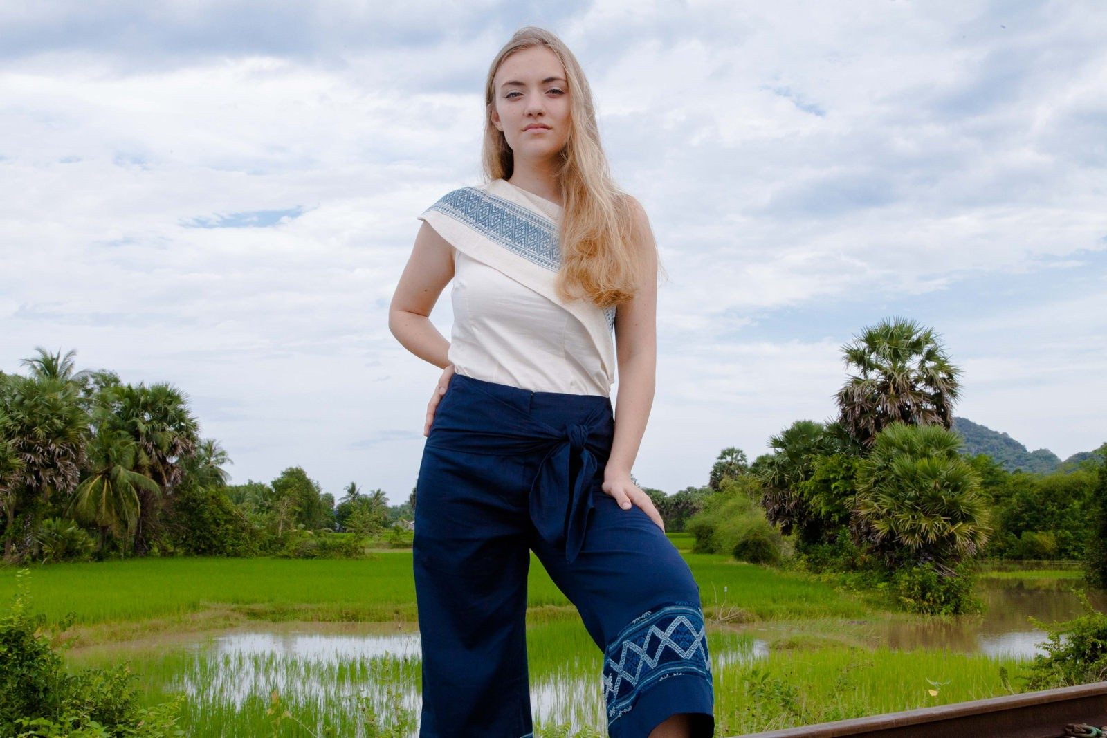 Mode responsable - Lookbook Collection 2019 - Muudana - top et pantalon