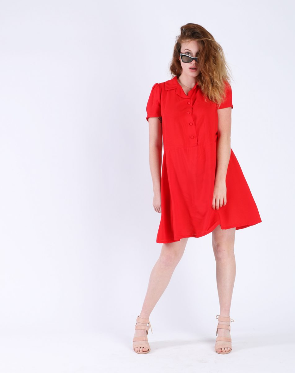 Aatise - robe rouge face