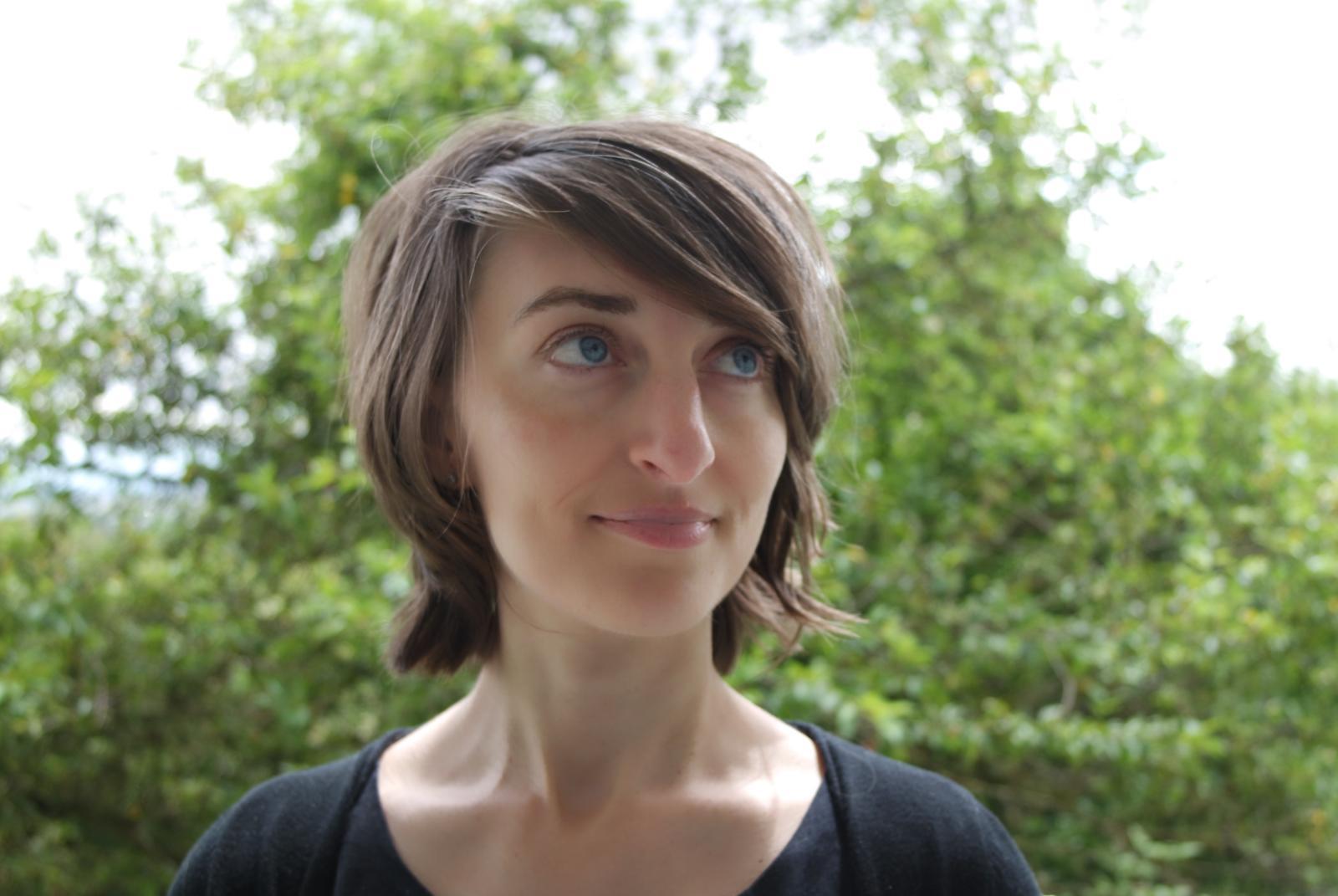 Laurie Raphalen -La Penderie des Graines de Paillettes - web