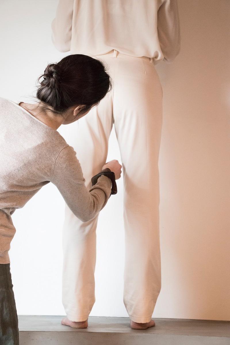 C.Bergamia - Pantalon femme sur-mesure - Copyright Colette Courtris