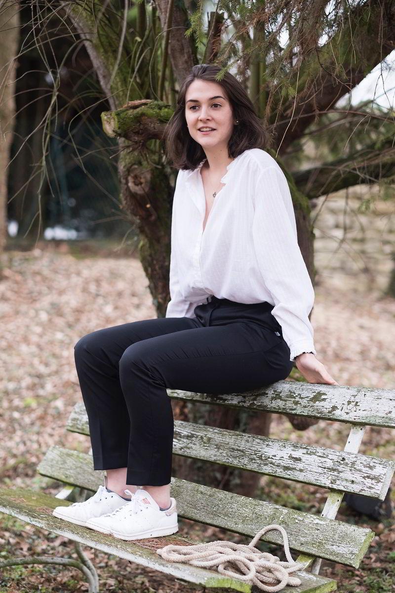 C.Bergamia - Pantalon femme sur-mesure noir en laine - Copyright Chouaib Arif