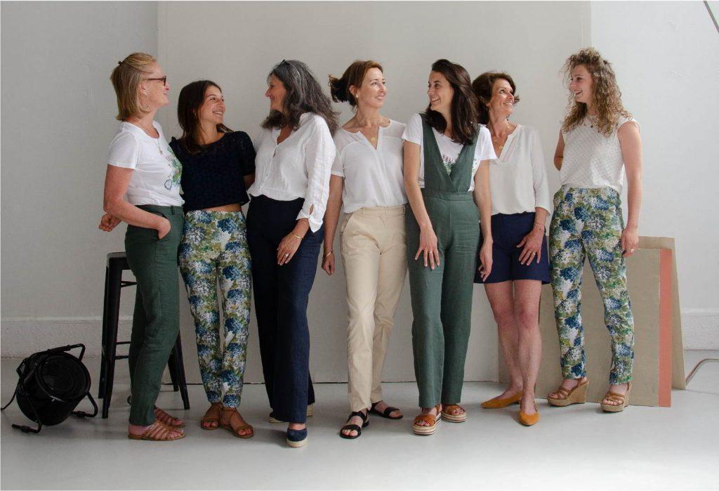 Groupe de femmes en pantalon C.Bergamia - Des pantalons uniques pour des femmes uniques - Copyright Colette Coutris Chouaib Arif