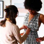Un couturier à domicile : rencontre avec la fondatrice de Tilli