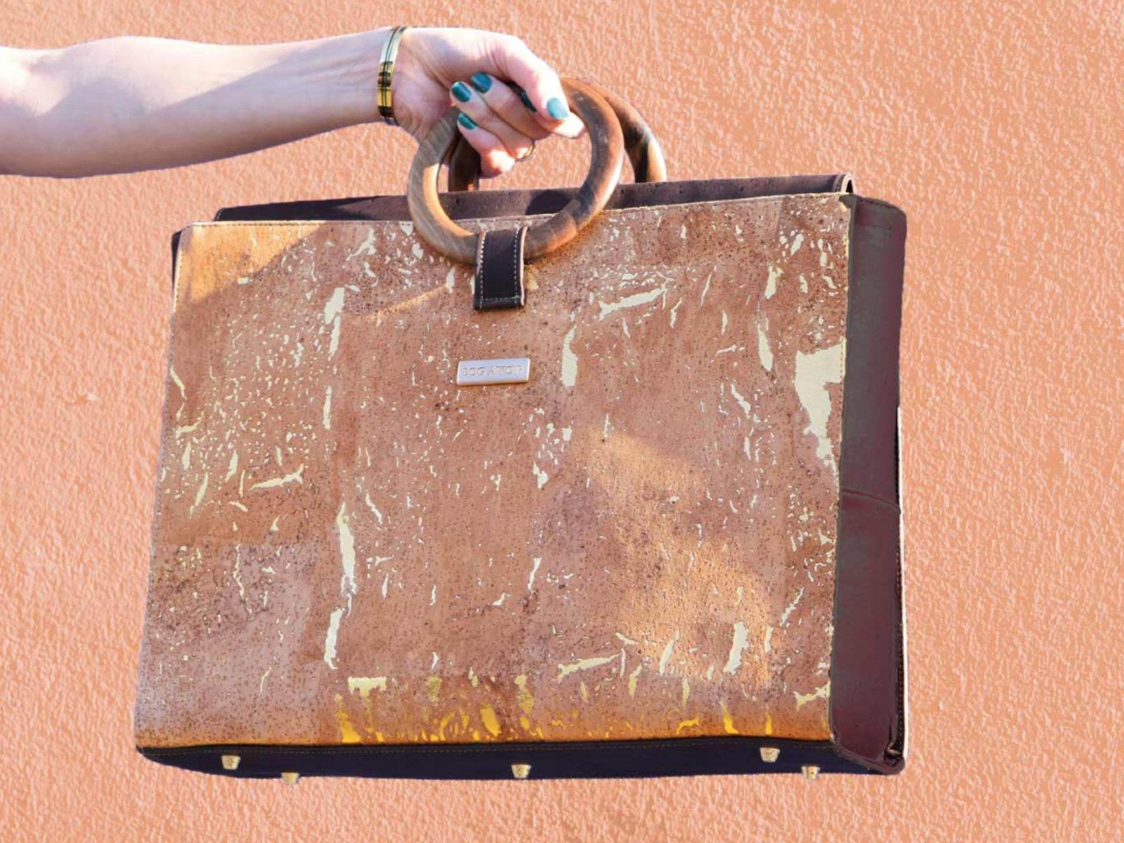 BAG AFFAIR - BOSSY laptop business bag sac travail en liège pour femme - modèle Bossy walnut wood