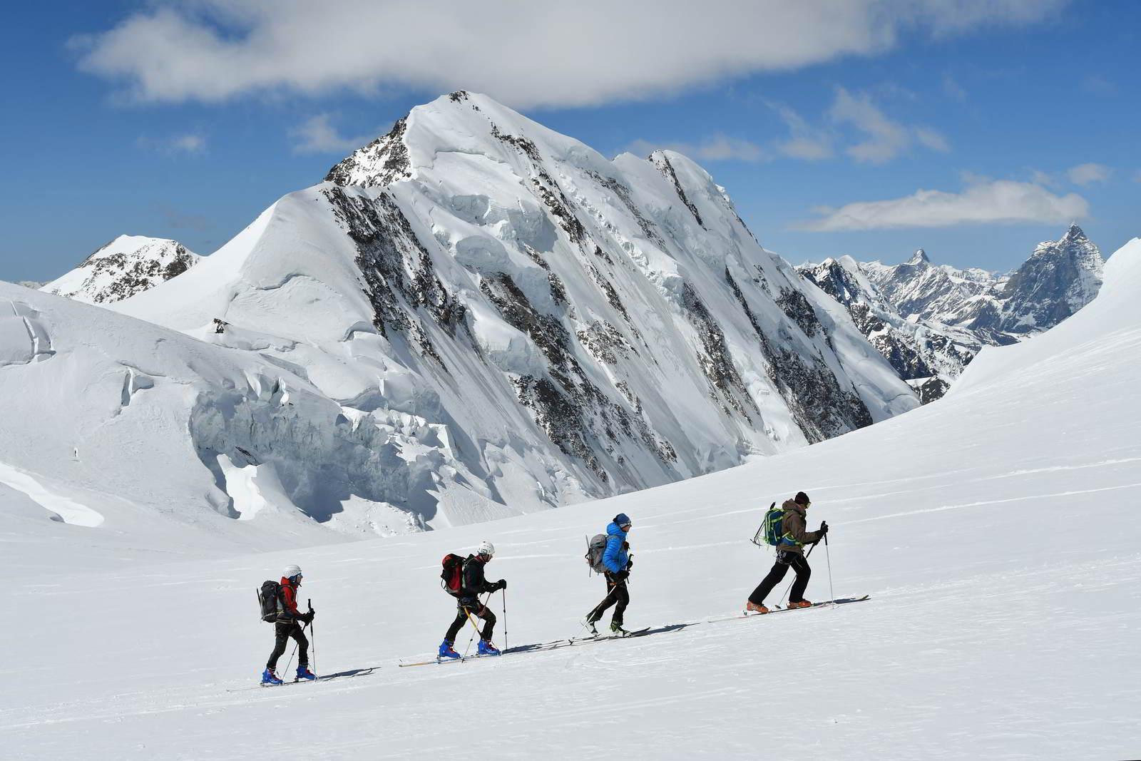 OGARUN ski de randonnée - vêtements outdoor polyvalents
