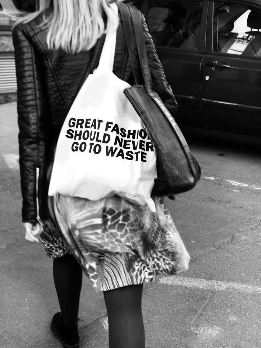 Le tote bag - revelateur du paradoxe ecologique - SloWeAre - Great fashion should never go to waste