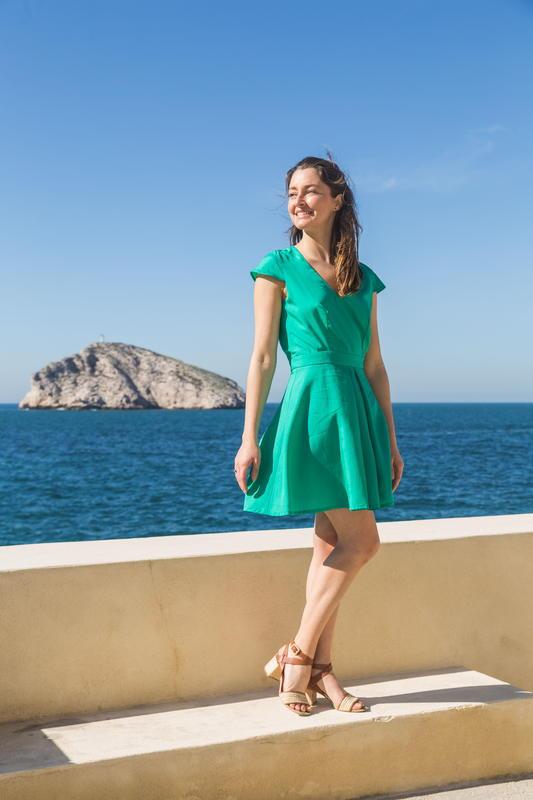Les Jupons de Louison - robe verte - Aimée - Tencel - Lyocell - Made in France - Grand décolté dos - mode éthique - responsable- mer