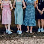 12 robes colorées et éco-responsables à adopter cet été