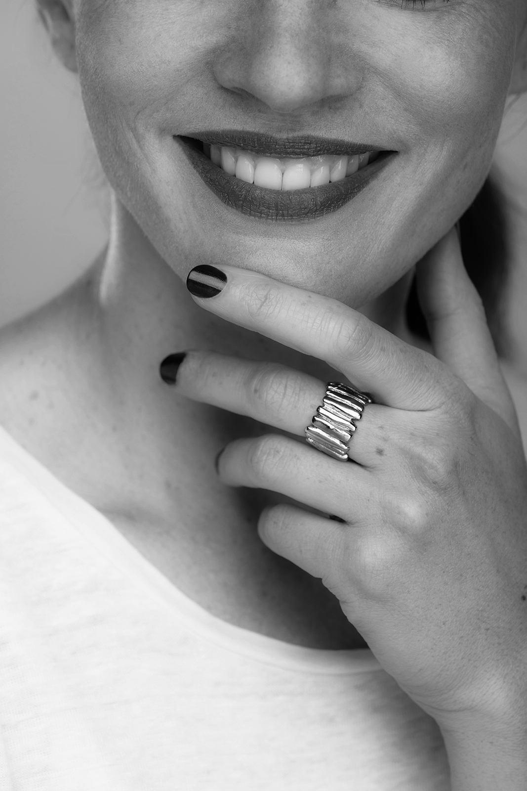 Celine-Lareynie-bijoux-Bague-double-ajustable-avec-des-petites-b