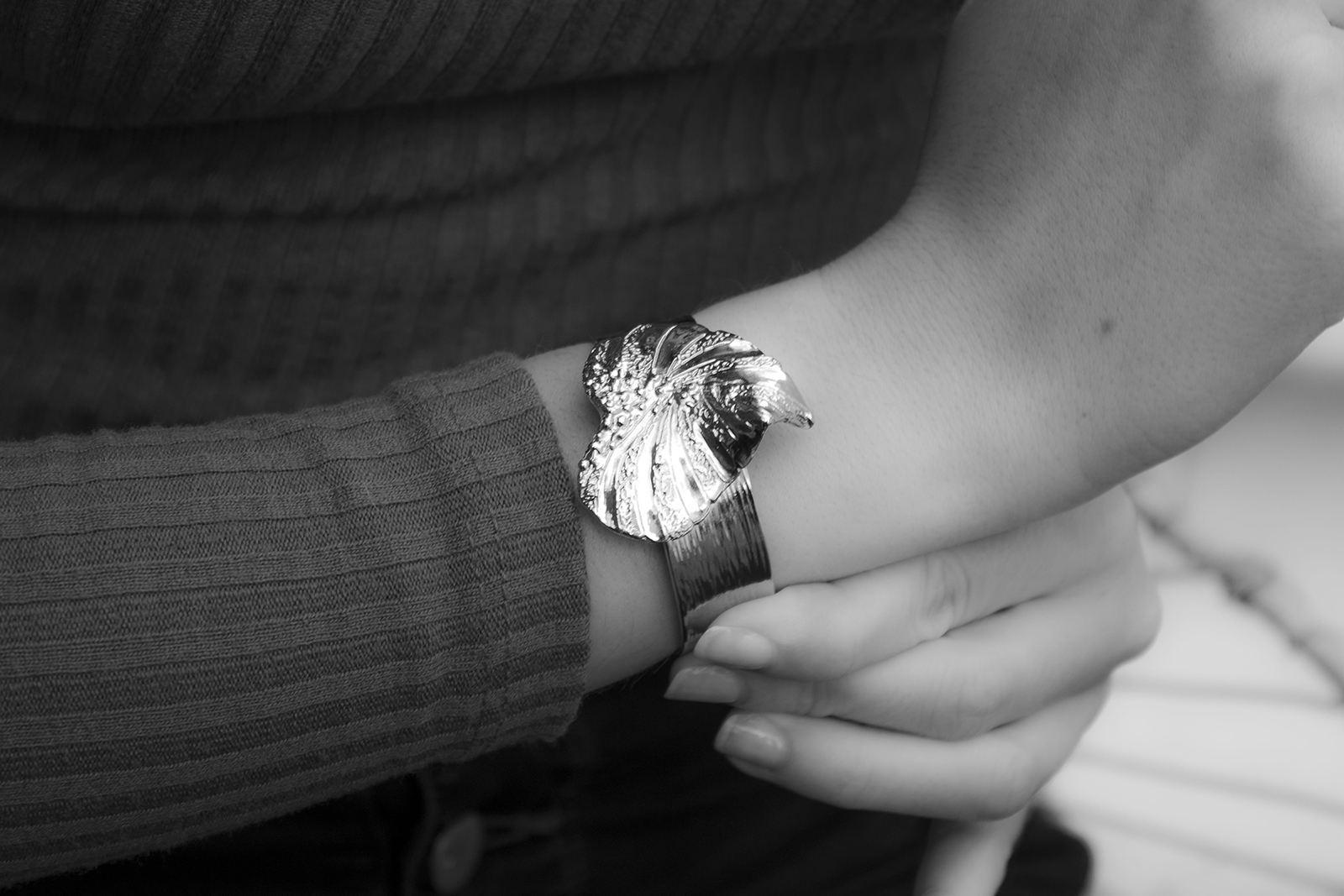 Celine-lareynie-bijoux-fantaisie-bracelet-ajustable-en-forme-de-